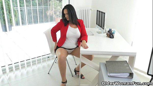 BBW milf Renatte will brighten up your day in the office Thumb