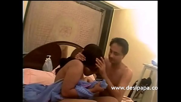 Horny Indian Babe Desperate To Get Fucked By Ma...