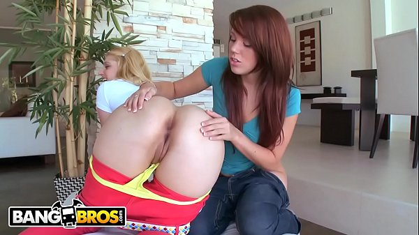 BANGBROS – Two Hot PAWG Pornstars Lizzie Tucker and Hollie Stevens Getting Down