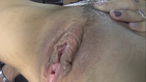 SUPER HOT PUSSY EATING WITH A REAL SLOPPY PUSSY...