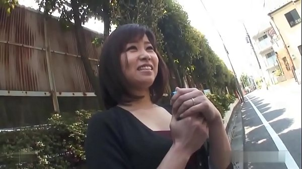 Chubby Japanese mature wife enjoys fucking by a stranger FULL VIDEO https://ouo.io/blfyVFy