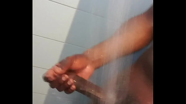 Daddy's Shower Tease. Show and Grow