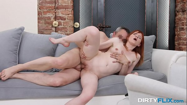 Dirty Flix - Spontaneous porn debut Lili Fox Thumb