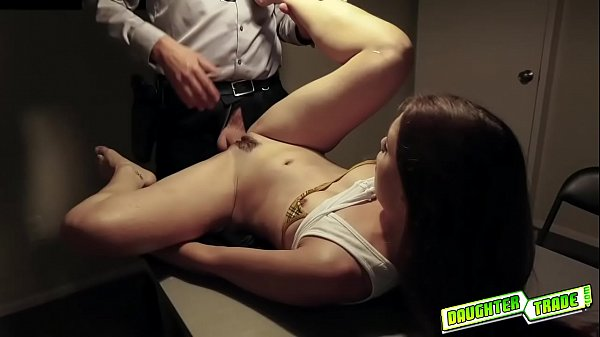 Horny dad slams Scarlett Maes tight pussy like a spreadeagle after taking off her handcuffs Thumb