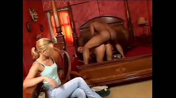 Playful European hottie Bonny Bon explained her young niece Brittney how to comport herself with general service staff from migrant workers Thumb