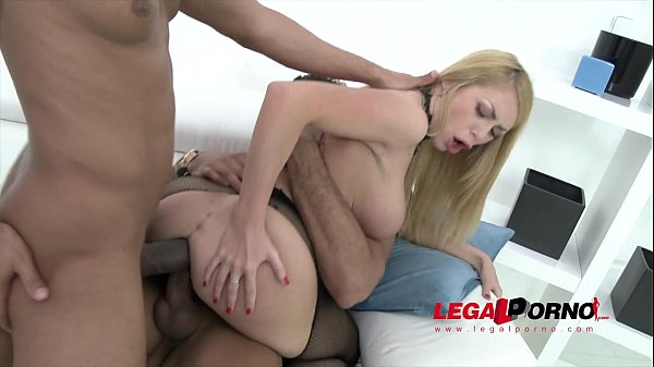 Isabella Clark triple anal (TAP) slut takes 3 cocks in the ass SZ944