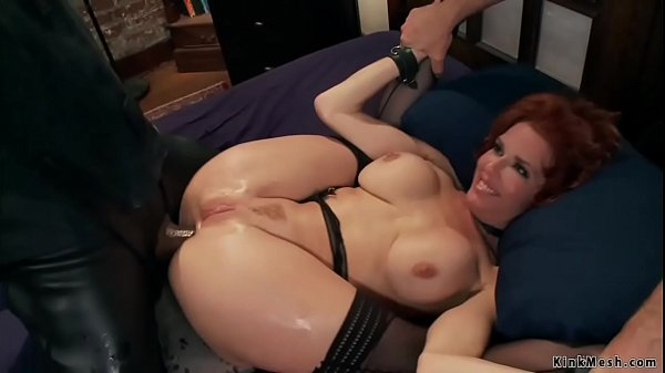 MILF squirter anal fuck in bondage