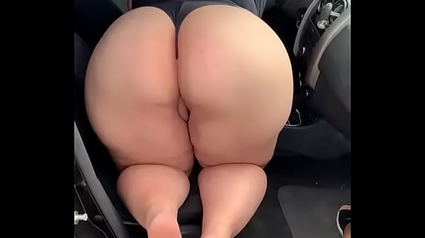 Hotwife plus size makes the cuckold cum and doesn't let him put it in her big ass