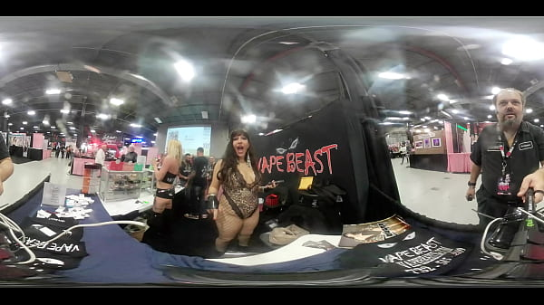 VR Body Tour of Cougar at the Vapebeast booth at  EXXXotica NJ 2019 Thumb