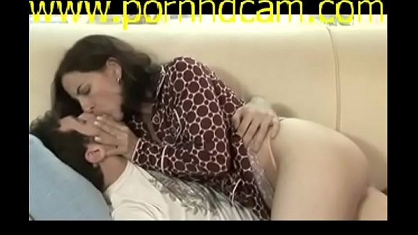 Mature Hot Mom Steal Her Daughter-s Boyfriend part 1 - watch 2nd part on www.pornhdcam.com x264