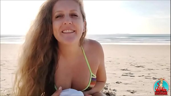 Youtube – on the beach with kellenzinha
