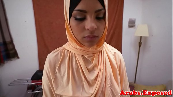 Cocksucking muslim beauty gets pounded  thumbnail