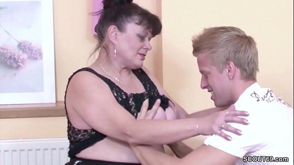 German Virgin Young Guy Seduce Granny to Fuck for First Time Thumb
