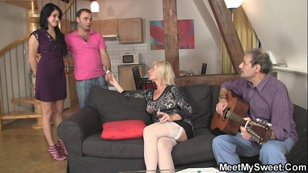 Sweetie gets lured into threesome by her BF's p...