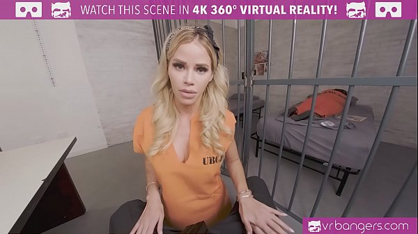 VRBangers.com-Beautiful prisoner is working you...