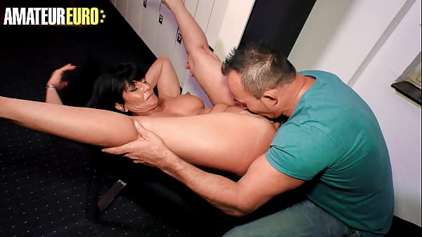 DEUTSCHLAND REPORT - Gabriela K. - Gym Locker Room It's The Perfect Place To Fuck A MILF