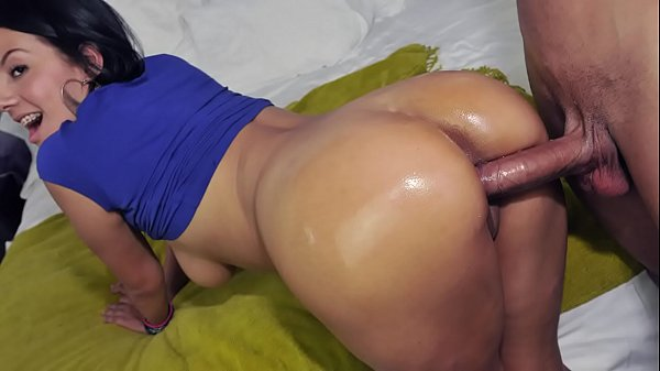 CULIONEROS - Busty Colombian Babe Juliana Sucking & Fucking FTW
