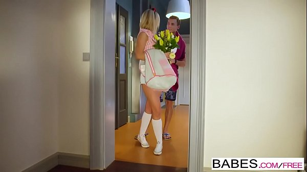 Babes - Elegant Anal - Running Late starring Vinna Reed and Charlie Dean clip