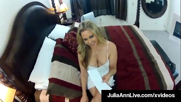 Milf Sex Queen Julia Ann Fucks Her Trick On Voy...