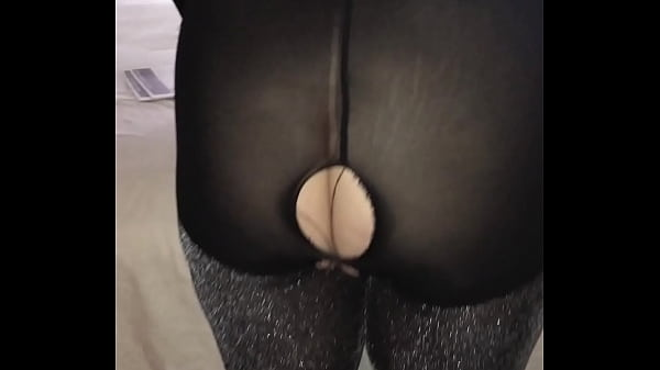 SUPER SEXY MATURE PAWG ASS WIFE EKATERINI IN SPARKLE PANTYHOSE