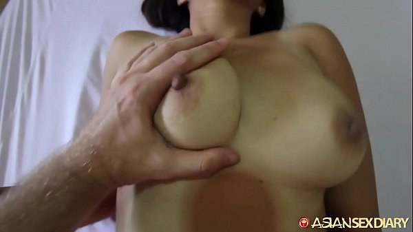Asian Sex Diary - MILF meets up with white vacationer to get fucked