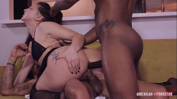 Mandy Muse gets booty smashed in anal 4on1 gang...