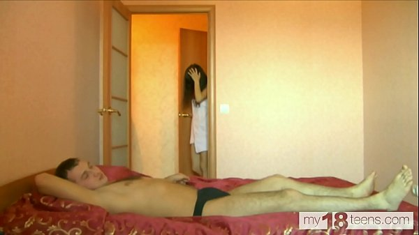 AMAZING SLUT ARIEL LOVES TO HAVE SEX AFTER A SHOWER WITH A NEIGHBOUR