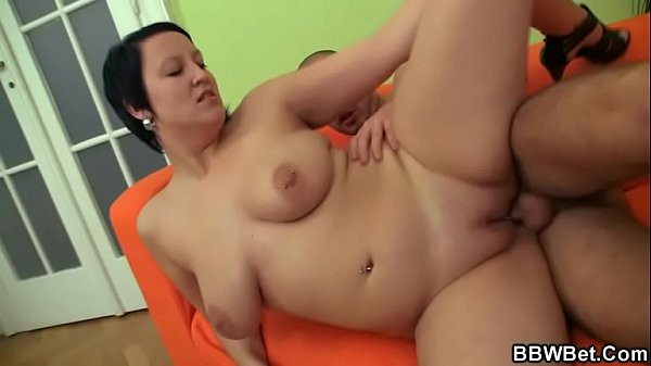 He picks up sexy plump chick and bangs her