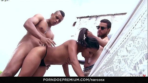 NARCOS X - Wild Colombian fuck indoors and outdoor threeway at the lake house
