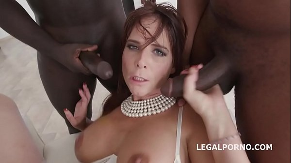 Florane Russell 4on1 intense anal fucking with double penetration
