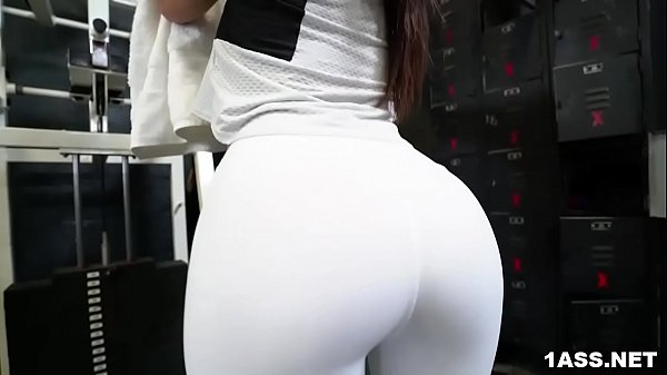 Booty Keisha Grey Gets Fucked At The Gym