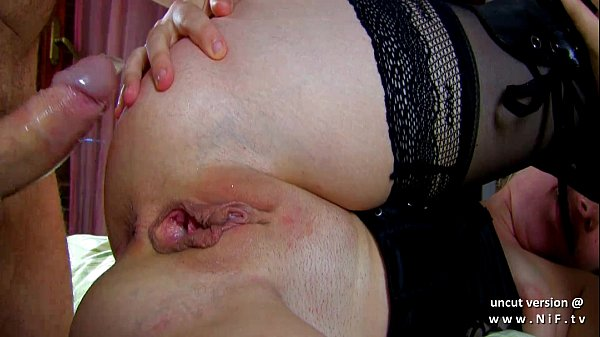 Amateur french couple deepthroat sodomy and fist fucking for a webcam show