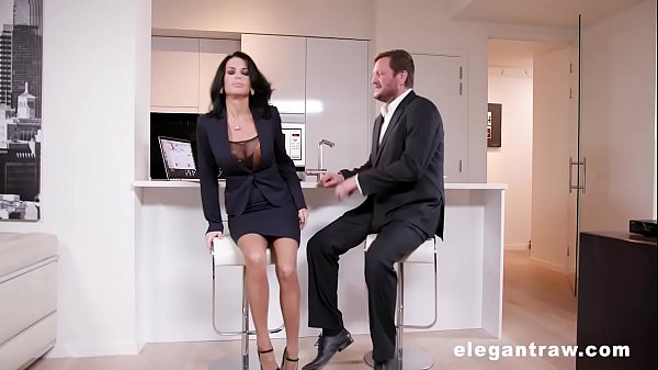 Extremly hot milf gets anally destroyed after a business meeting Thumb