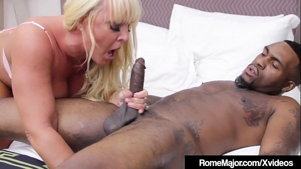 Milf PAWG Alexis Golden Drilled By Big Black Co...