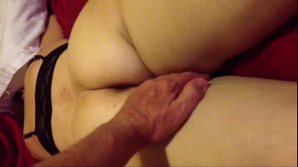 spreading my wife's buttocks d