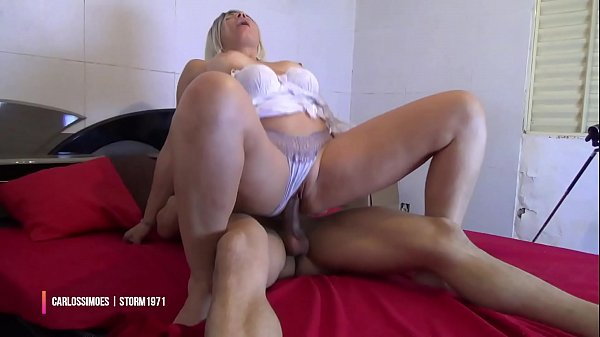 THE STORM 1971 MATURE WOMAN & CARLOS SIMÕES IN FRIENDS INTIMOS1 PART 1 DEMO