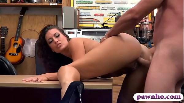 Pretty babe gets drilled at the pawnshop