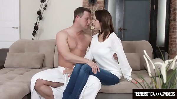 Young Emily Thorne fucked good