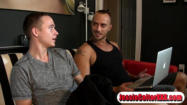 2018-11-11 16:39:07 - Tristan is Jessie's Foot and Dick Slave 2 min  HD http://www.neofic.com