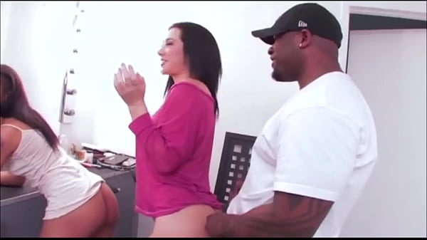 Jayden Jaymes And Skin Diamond hot pornstars suck a mean dick together  thumbnail