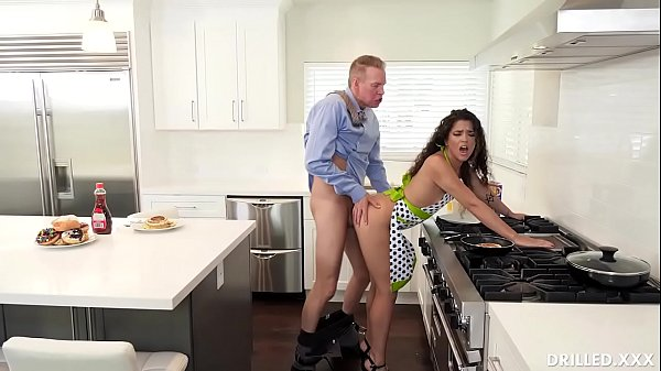 Brunette Housewife Victoria Voxxx Has Prepared Her Big Ass For Deep Anal Sex Thumb