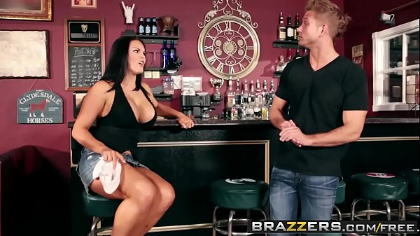 Brazzers - b. Got Boobs - (Mackenzee Pierce, Bill Bailey) - Fill My Position