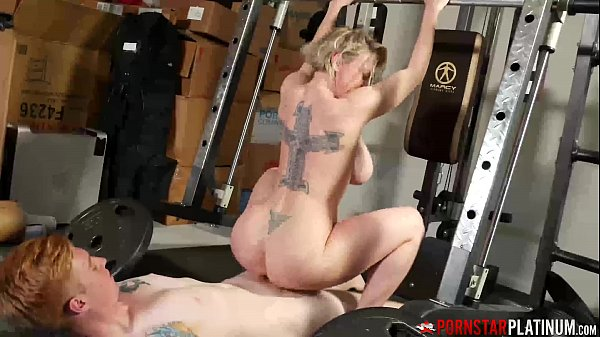 PORNSTARPLATINUM Dee Williams Fucked And Facial In The Gym
