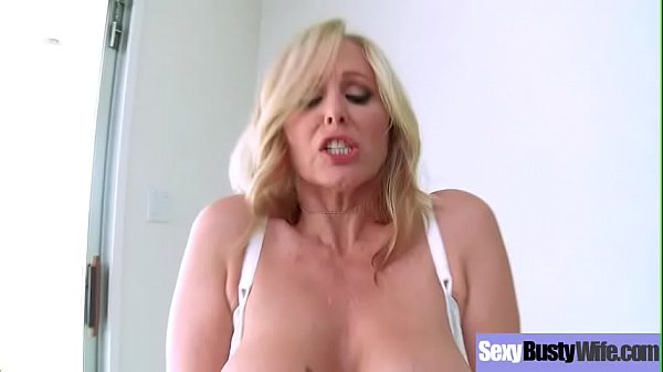 (Julia Ann) Sexy Busty Housewife In Hardcore Sex Tape clip-17