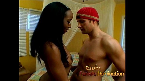 Gorgeous ebony looker uses a strap-on to bang her man Thumb
