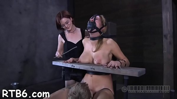 Hotty is stripping inside cage