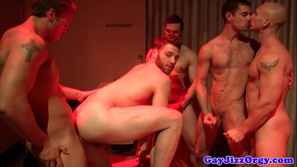 2018-11-11 15:18:30 - Donny Wright and pals wanking together 6 min  HD http://www.neofic.com