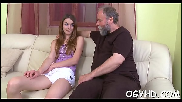 Horny old man teases young babe Thumb