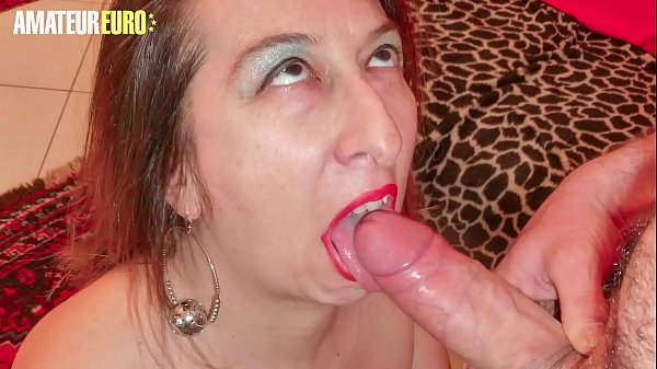 AMATEUR EURO - Mature Wife Veronica Rossi Takes...