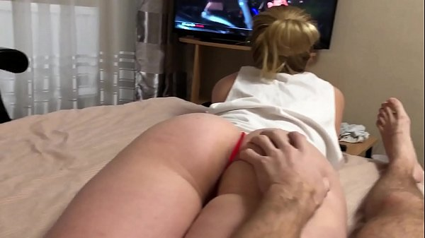 Dissatisfied step sister seduces brother with her lush ass Thumb